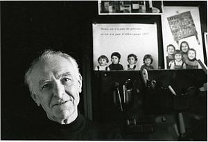 300px-Robert Doisneau photographed by Bracha L. Ettinger in his studio in Montrouge 1992 image