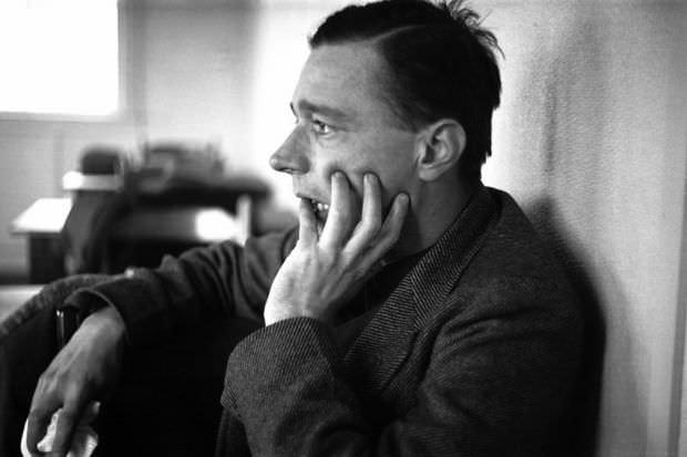 800px-Walker Evans 1937-02 image