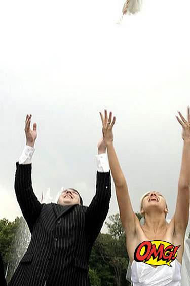 KIMDY:Users:kimberlyanndy:Desktop:WORST WEDDING PHOTOS:i.imgur.com 9.jpg image