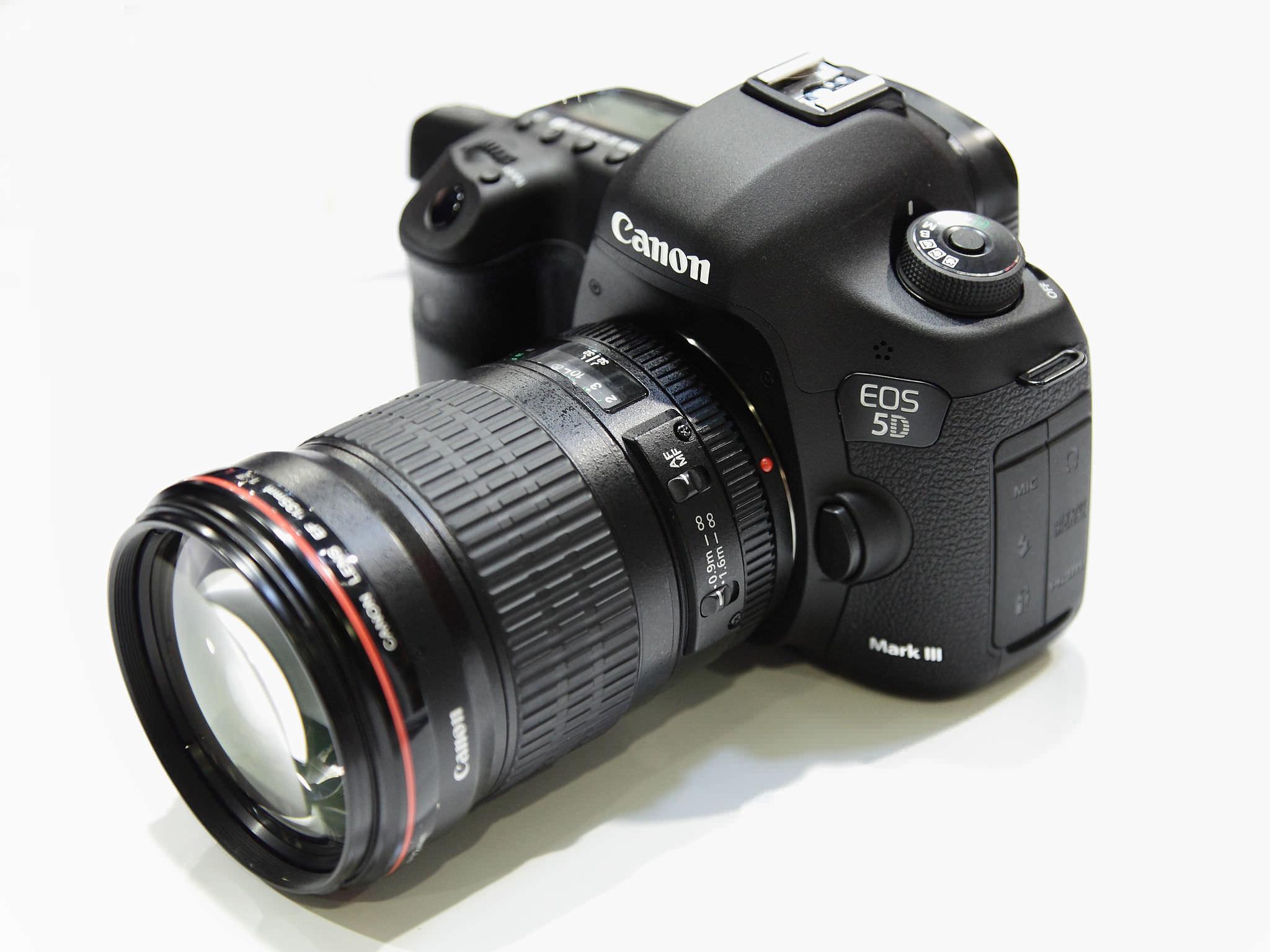 2048px Canon EOS 5D Mark III image