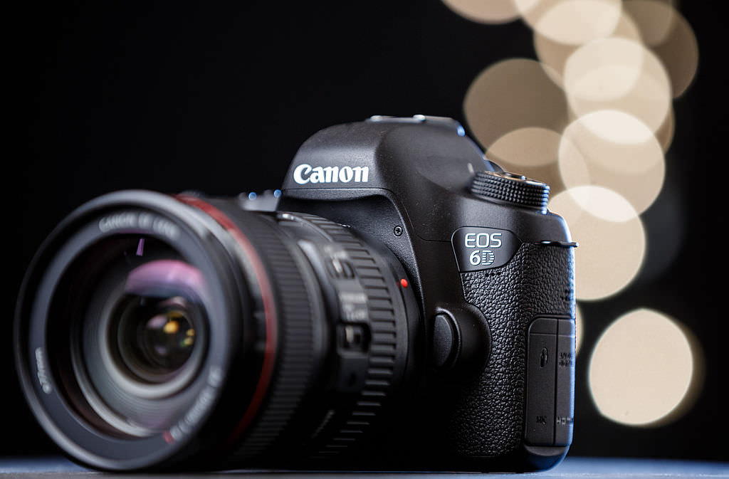 Canon EOS 6D digital SLR camera image