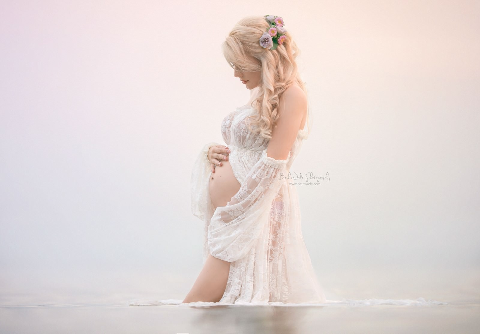 maternity valerie ivory beth wade photography web res summer 2016 favorite sew trendy image