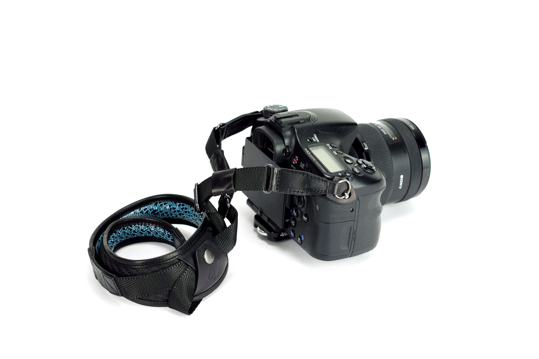 4Vdesignstrapcamera image
