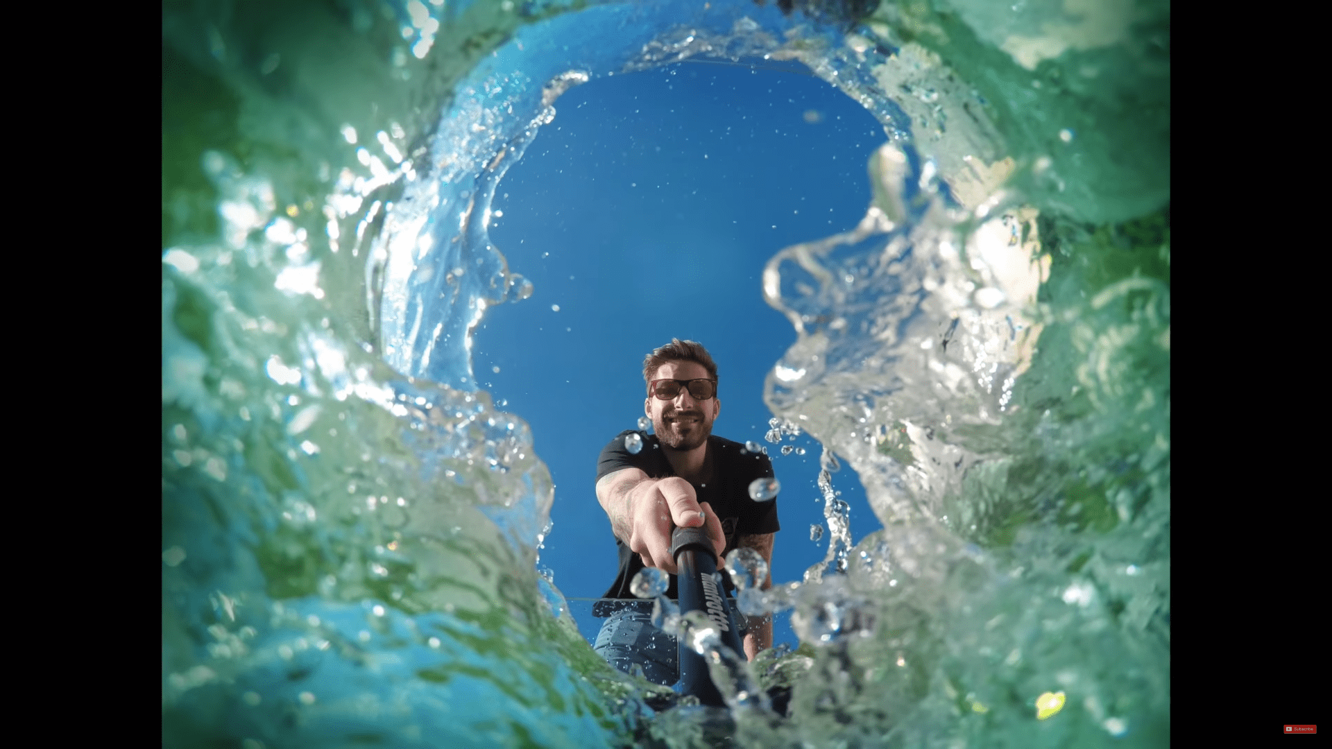 underwaterselfie min image