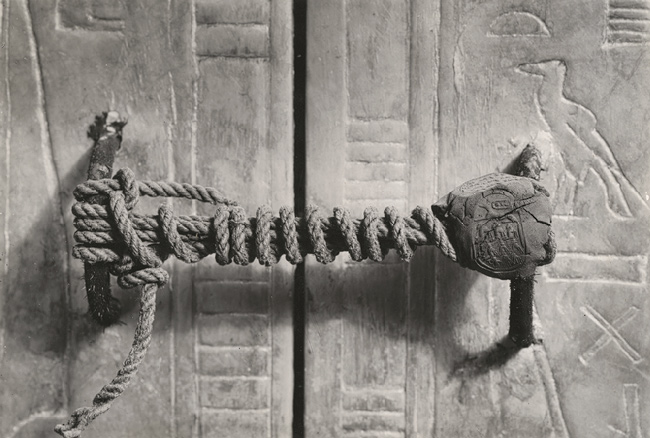The unbroken seal on Tutankhamuns tomb 1922 image