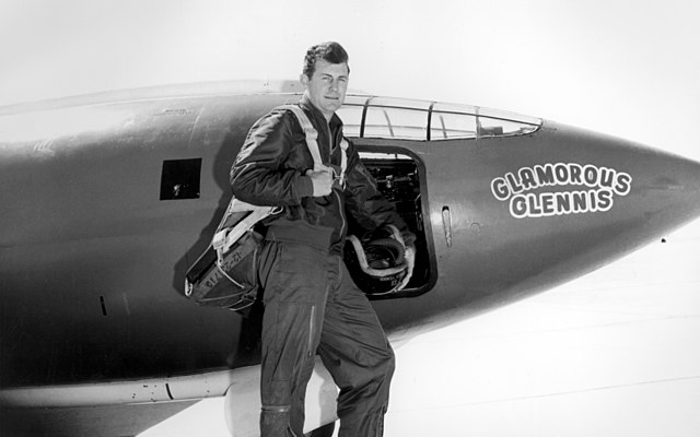 640px Chuck Yeager image