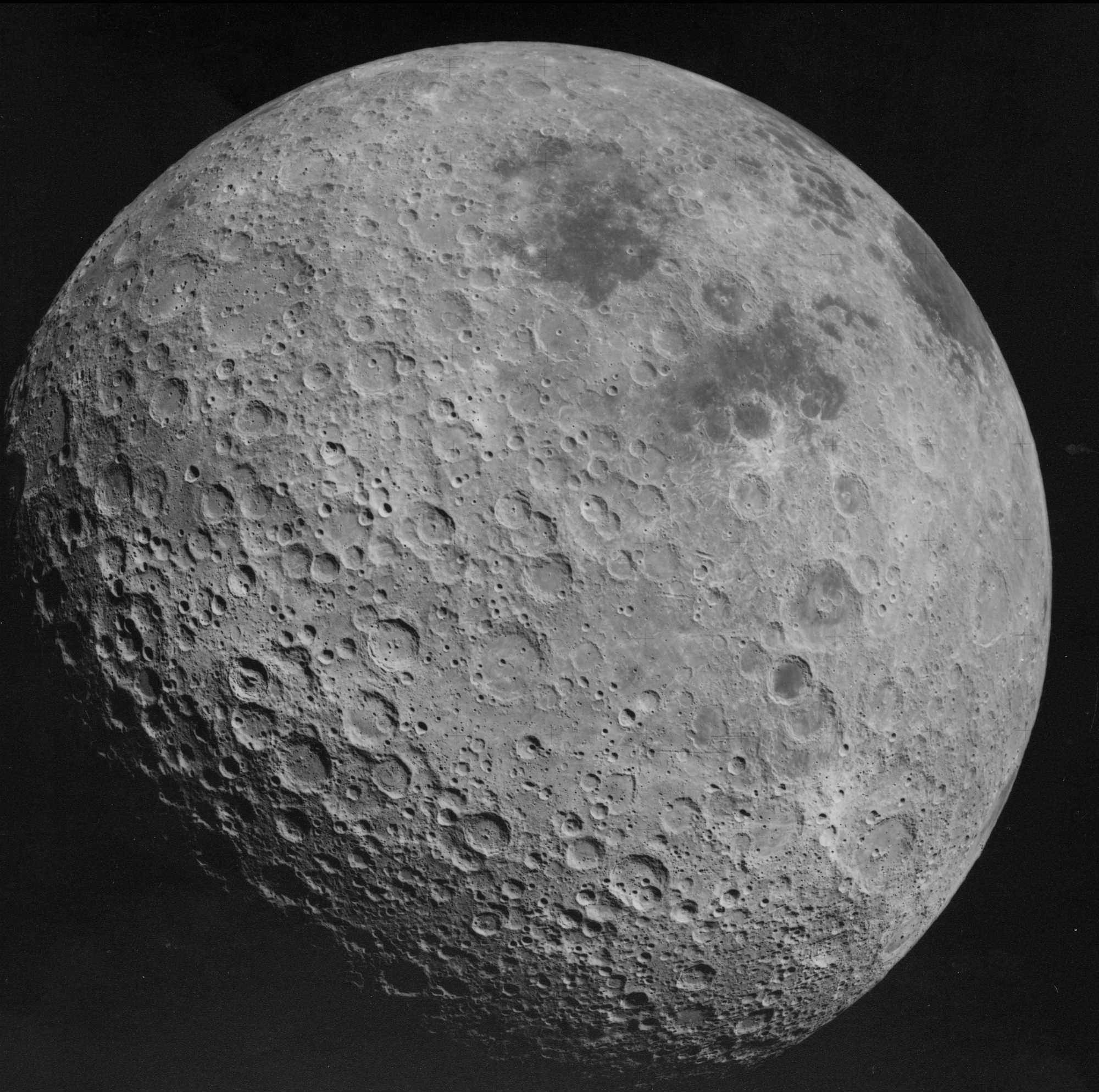 Back side of the Moon AS16 3021 image