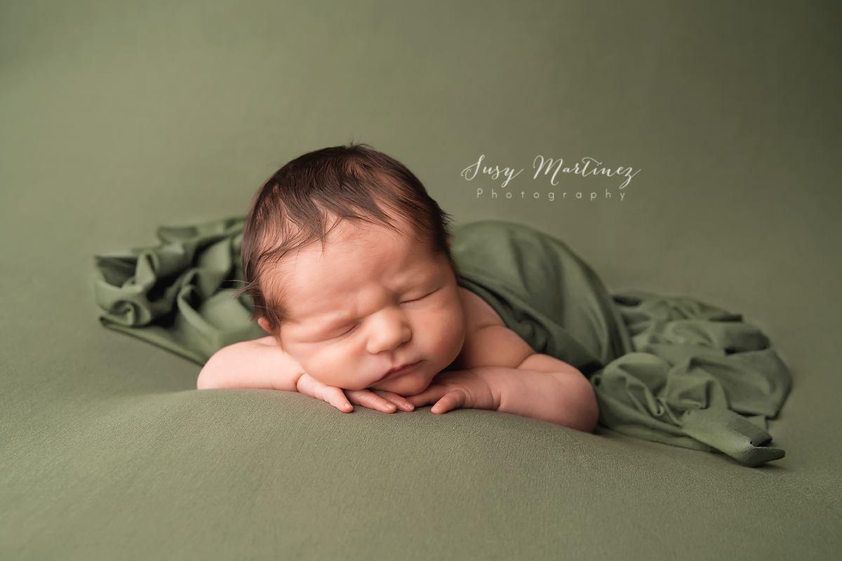 newborn3 image