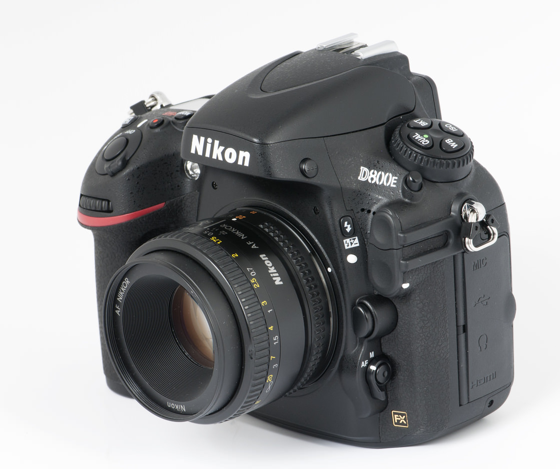 It's Coming: Nikon D820 or D900 with 72MP Sensor!