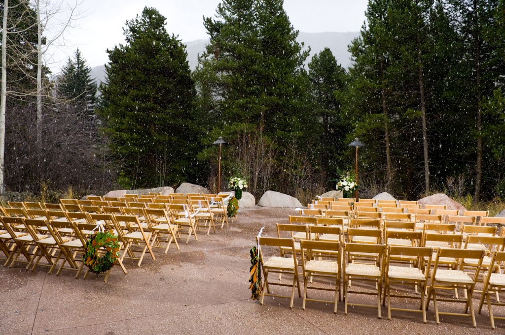 bad weather and empty chairs at outdoor wedding ceremony picture id134416713 image
