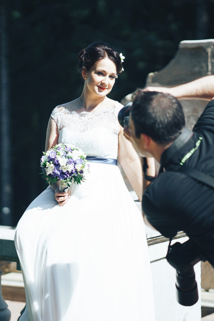photographer shoots a bride picture id872676874 image