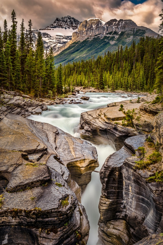 mistaya canyon banff national park alberta picture id827047588 image