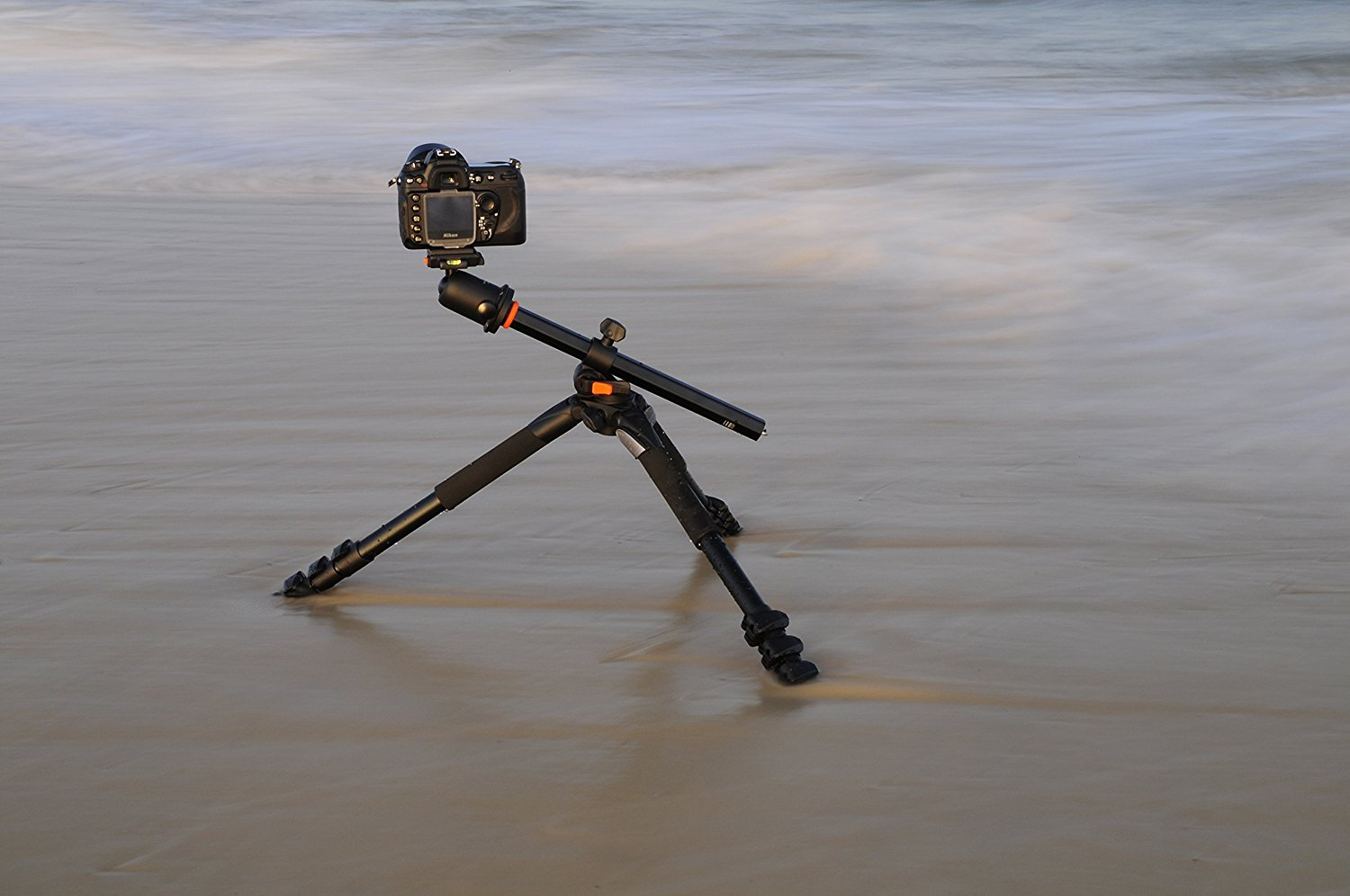Vanguard Veo 2 235ab Aluminum Tripod With Ball Head Red Editors Tip Its Also A Good Idea To Buy Solid As Well Find Help You Take Your Photography The Next Level