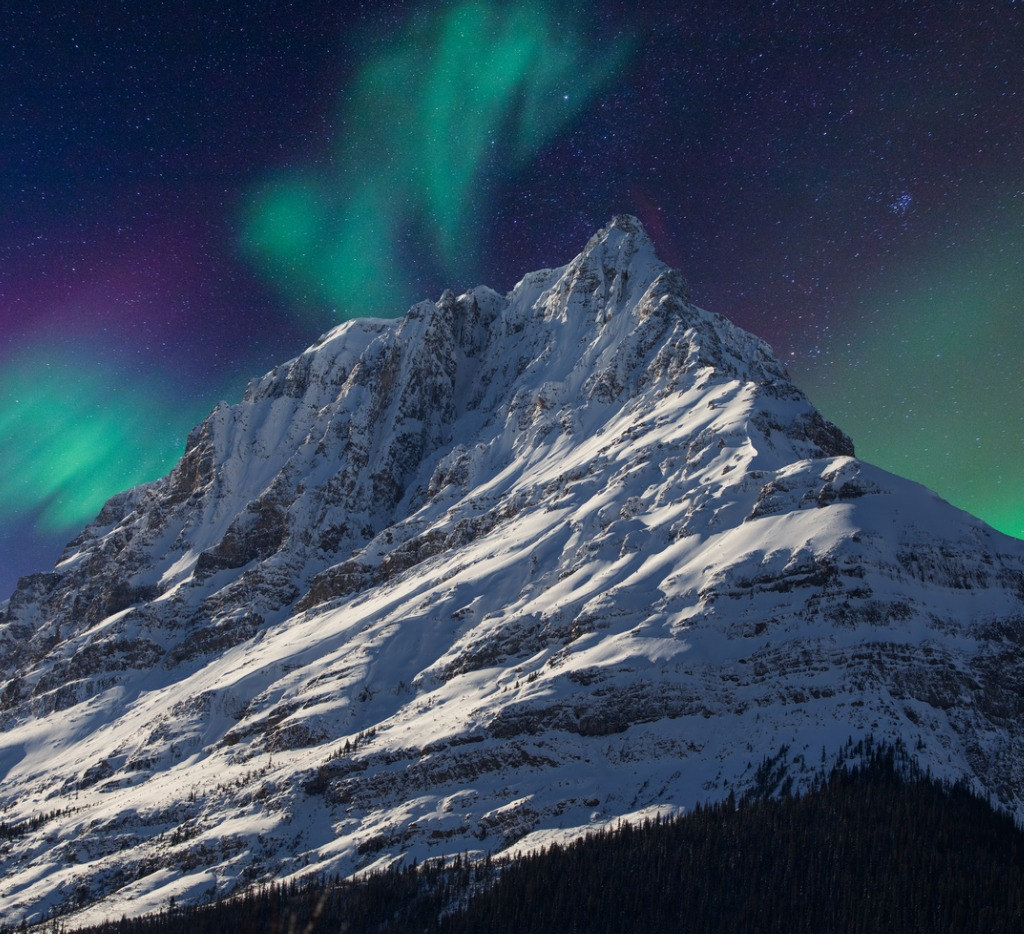 landscapeaurora and mountain picture id918898394