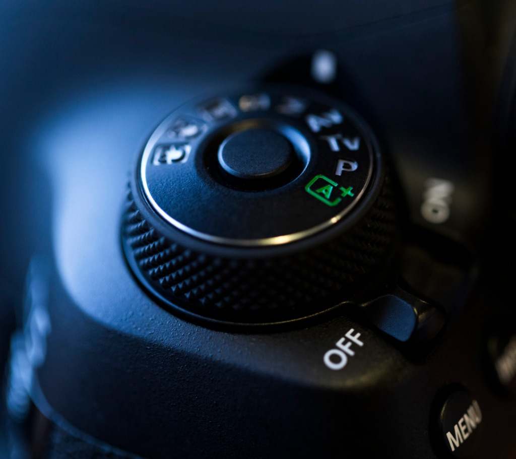 detail of dslr camera picture id628986190 image