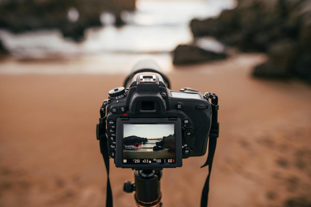 prime lens for landscape image