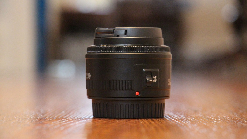 camera lens picture id821337622 image