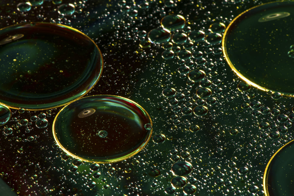 oil and water 1 image