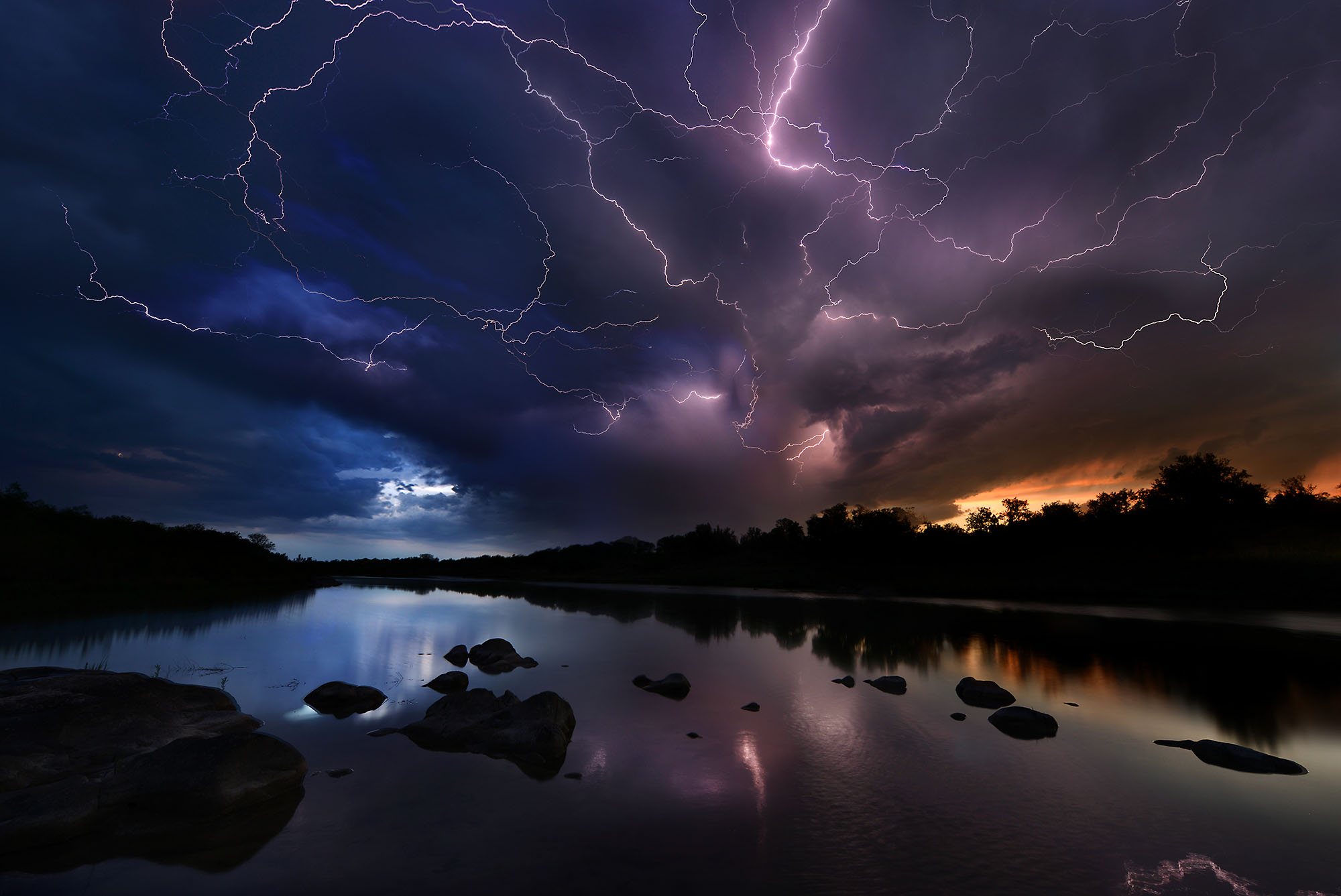 llano river lightening001 image