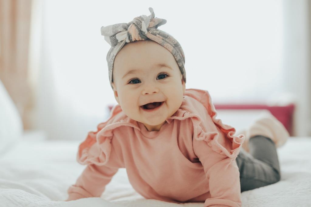 newborn portraits image