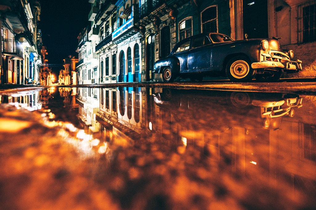 night reflections picture id531387141 image