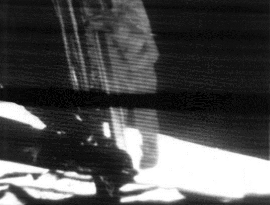 Apollo 11 first step image