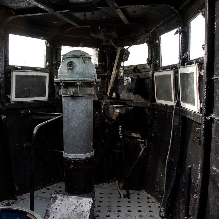 768px B 80 submarine 6 image
