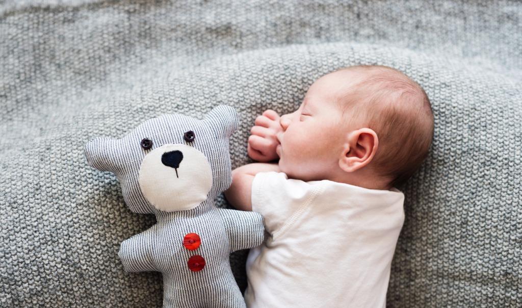 professional newborn photography image