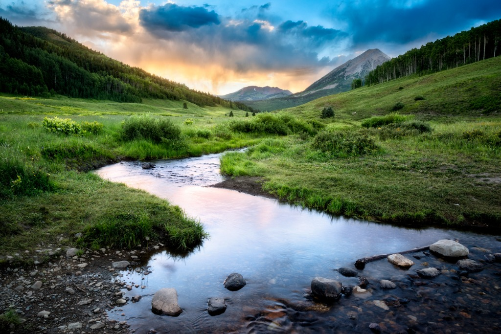 crested butte picture id638671566 image