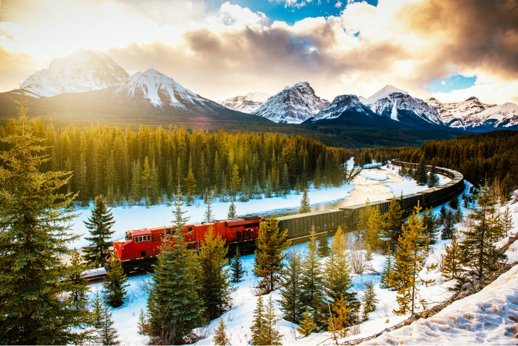 canadian pacific railway train through banff national park canada picture id538813059 image