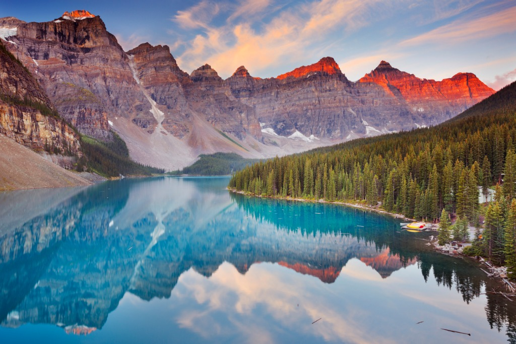 moraine lake at sunrise banff national park canada picture id471926619 image