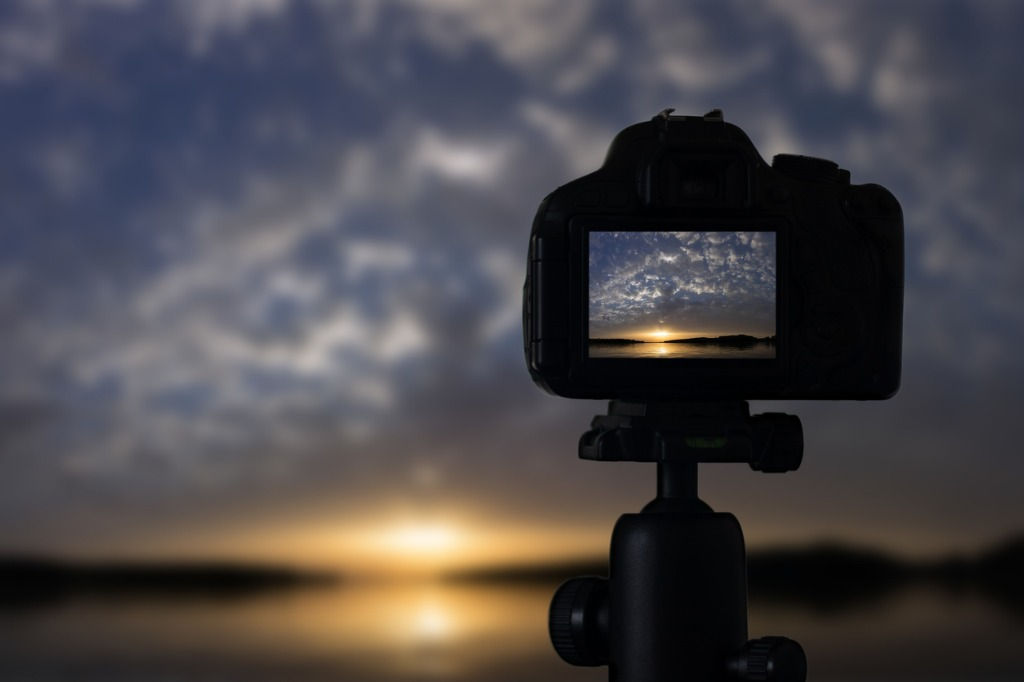 sunset photography camera with tripod sunset sunset picture id846542550 image