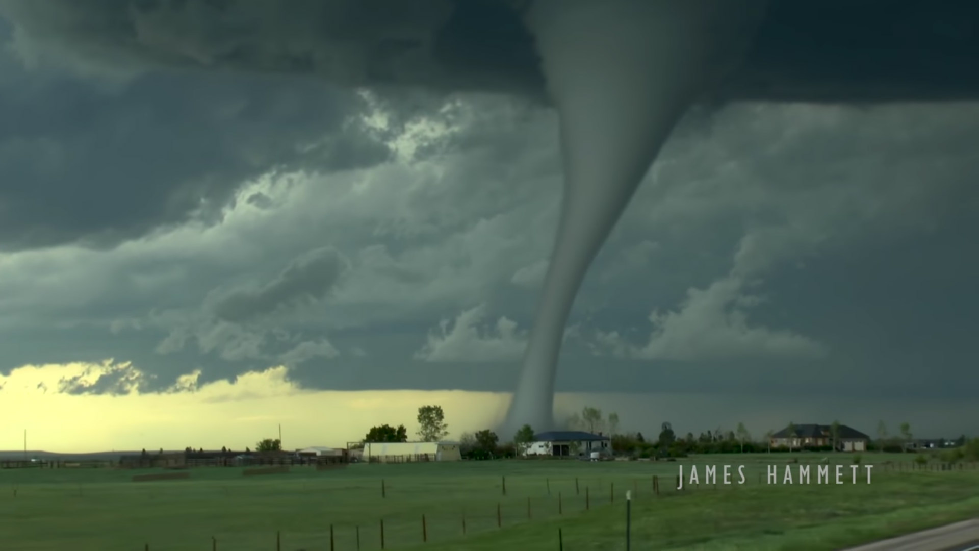 amazing tornado video image