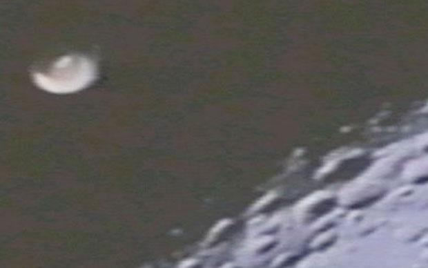 apollo 16 ufo image