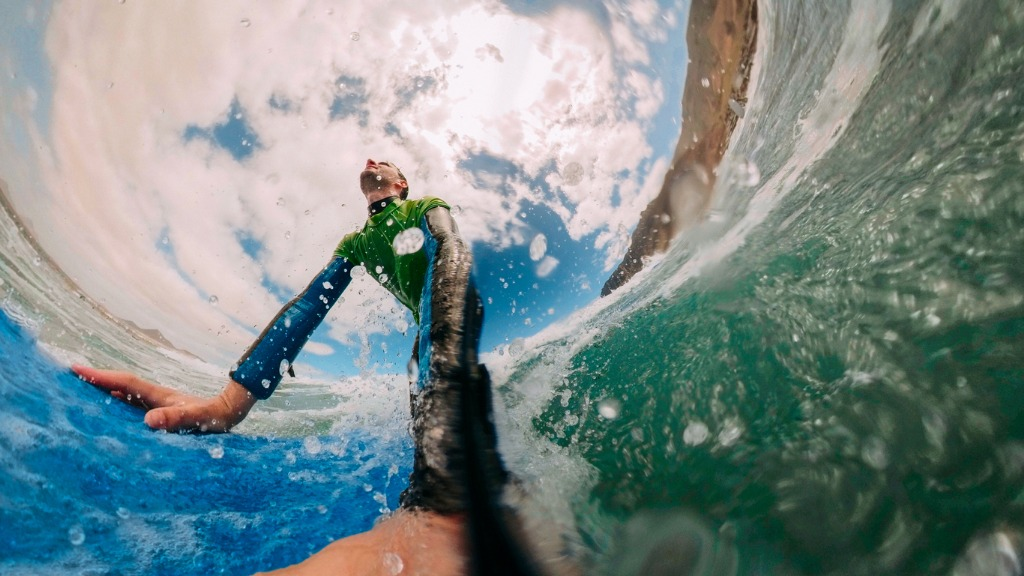 surfer picture id952776868 image