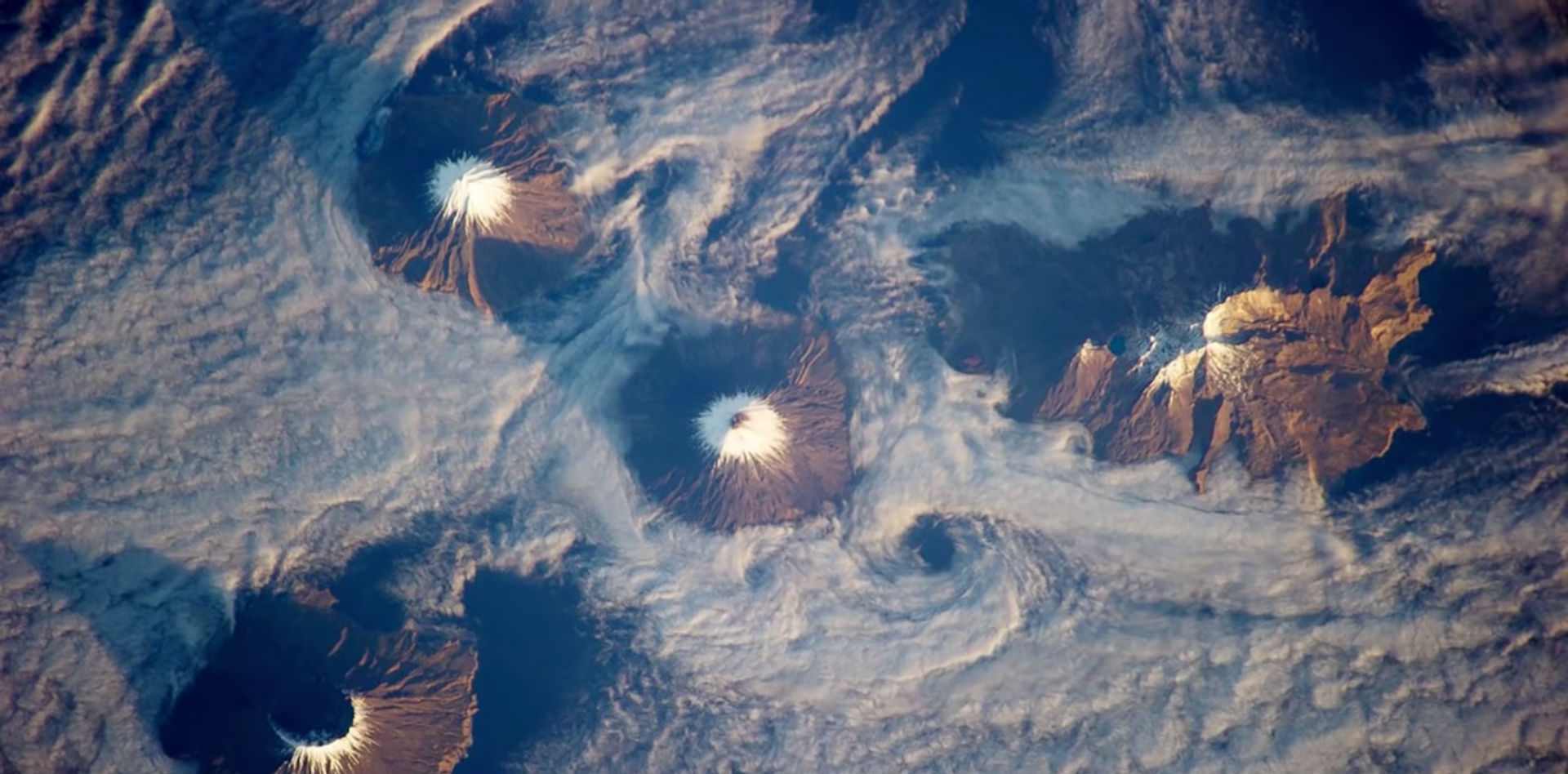 This Astronaut's Photos of Earth From Space Have to Be Seen to Be Believed