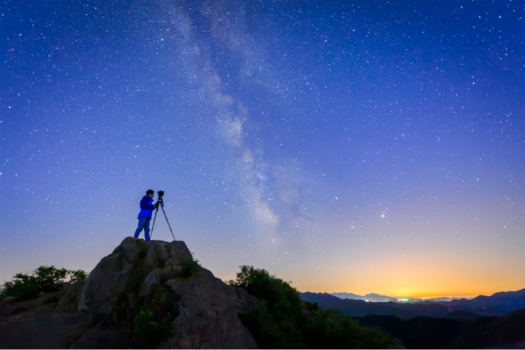 how to photograph the perseid meteor shower image