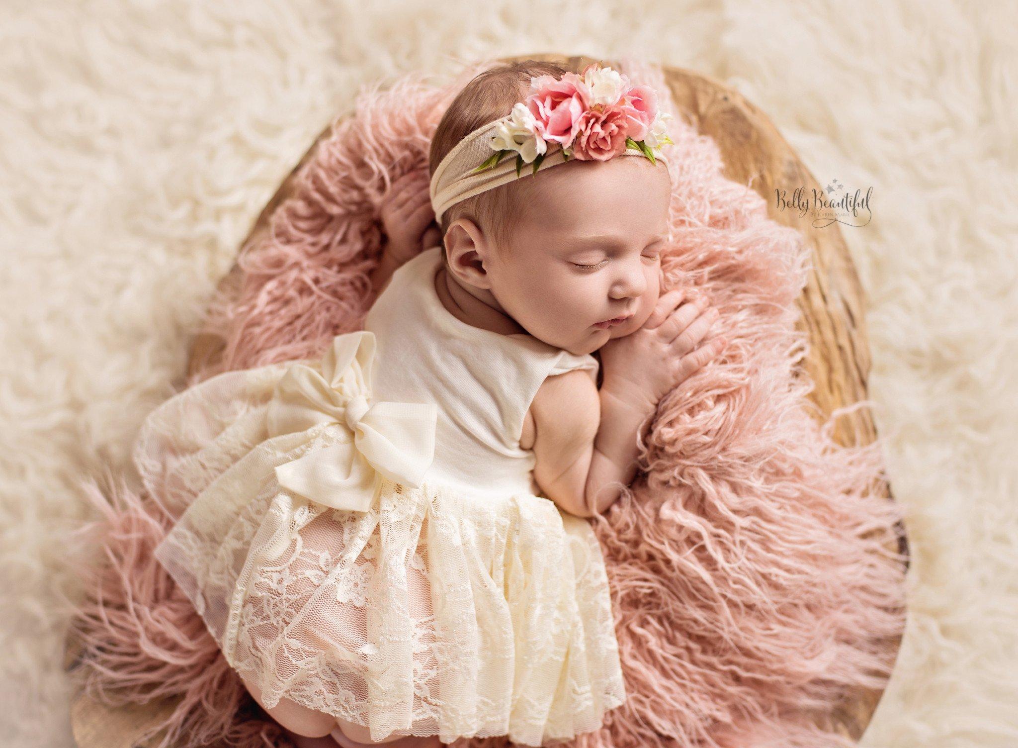 newborn photography tips image