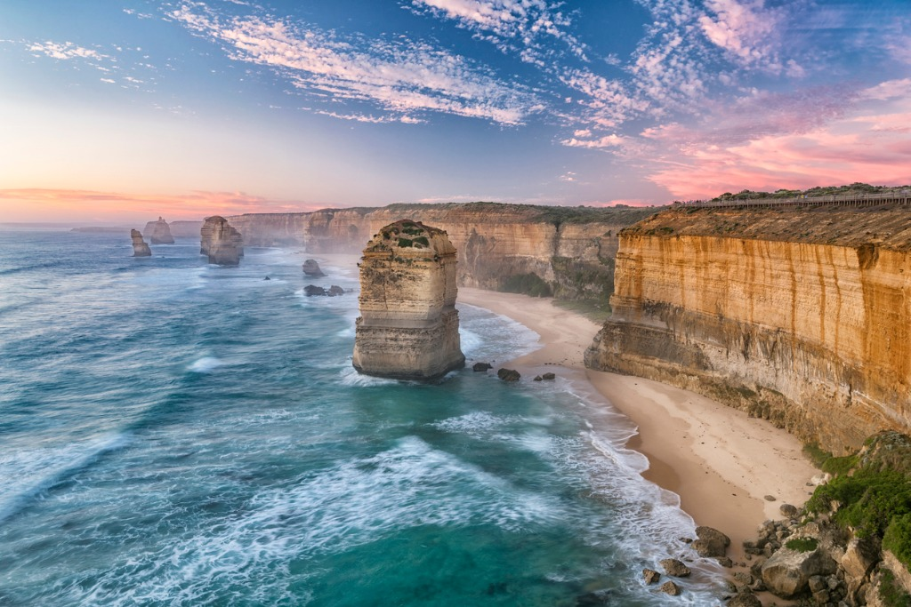 the twelve apostles great ocean road victoria australia picture id892407318 image