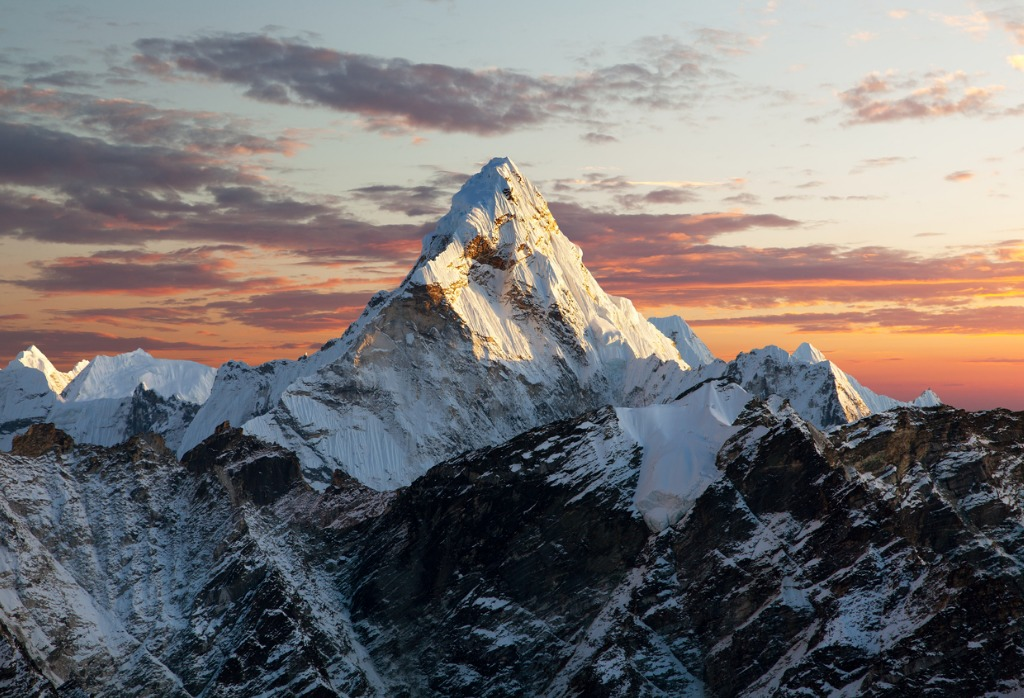 evening view of ama dablam picture id478627080 image