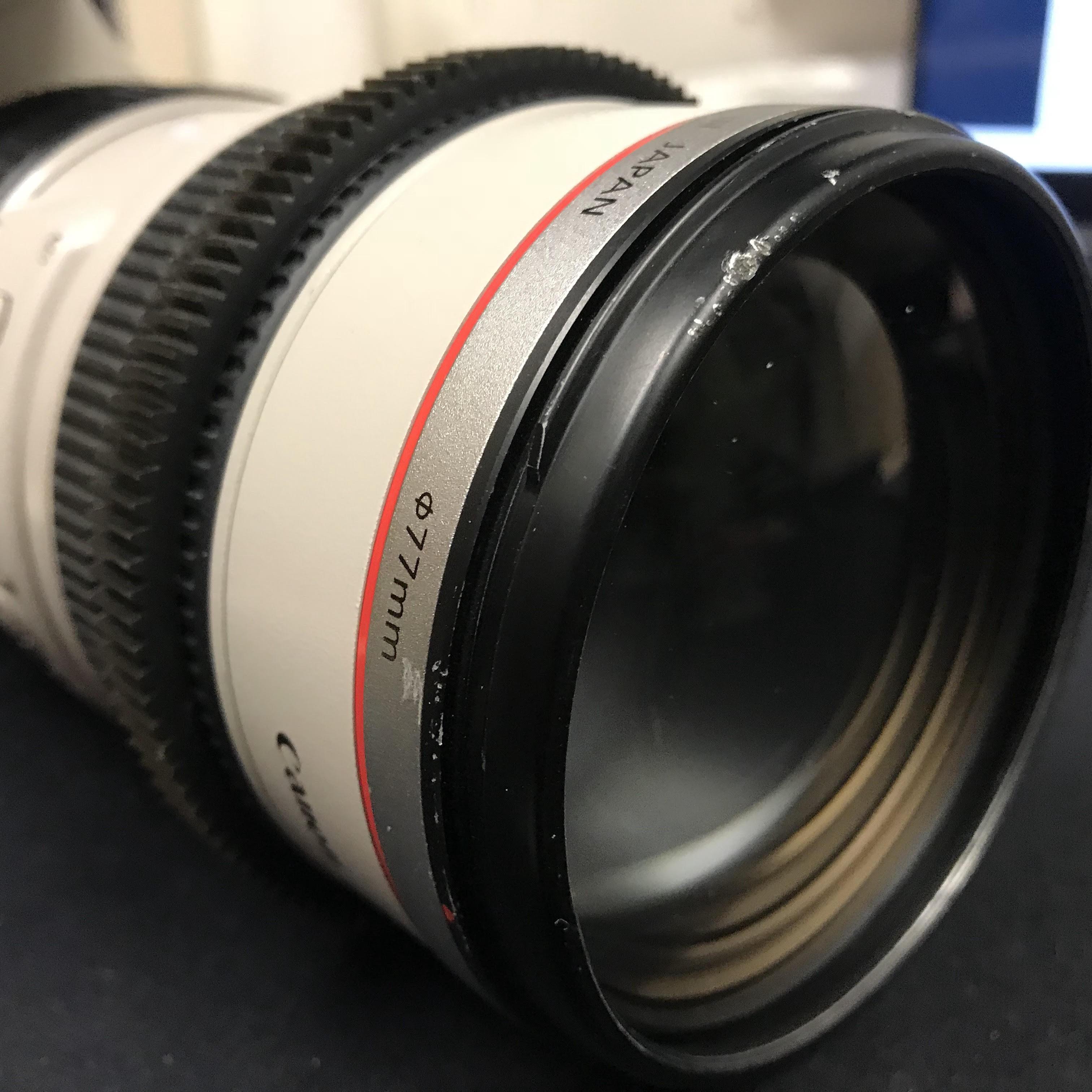 Damaged Canon 70 200mm image
