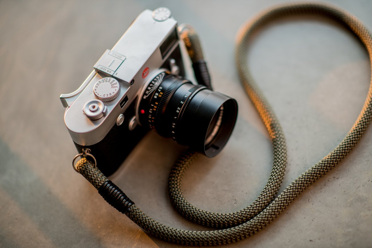 budget camera strap review image