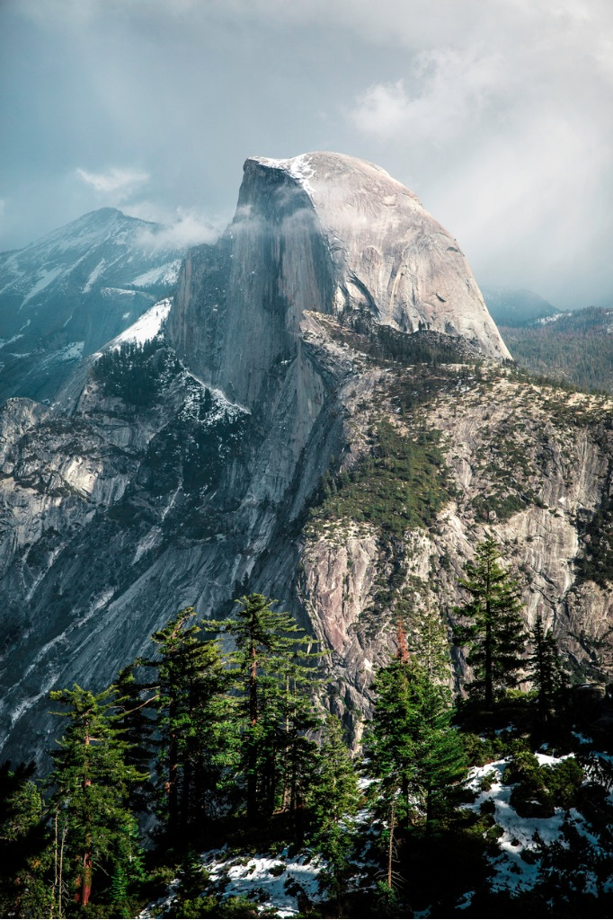half dome in yosemite national park picture id507684122 image