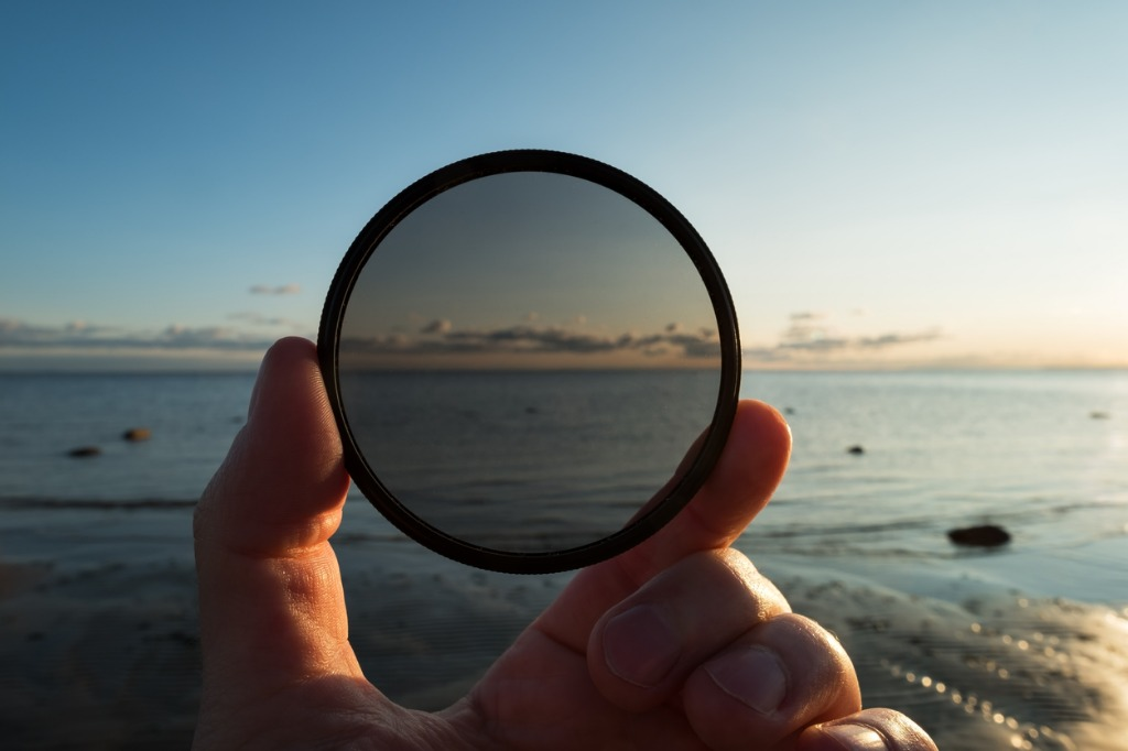 use a polarizing filter image