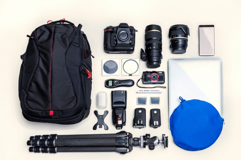 bag and camera set picture id869666516