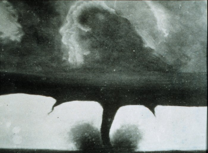 first photo of a Tornado image