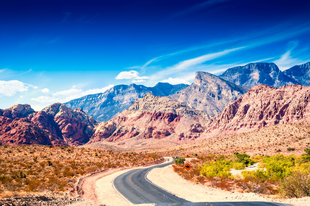 road at red rock canyon picture id494560238 image
