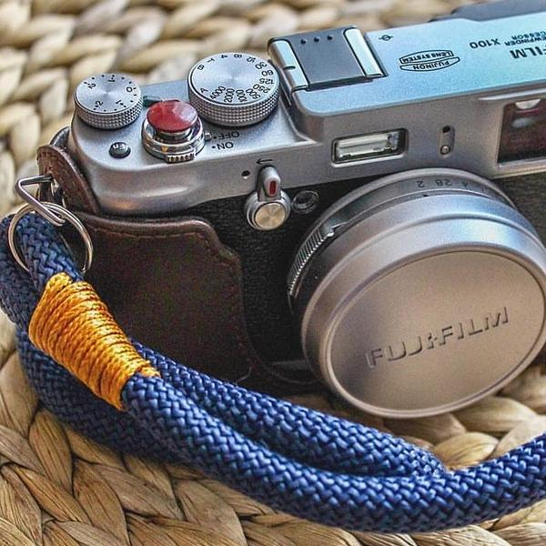 hyperion camera strap 2 image