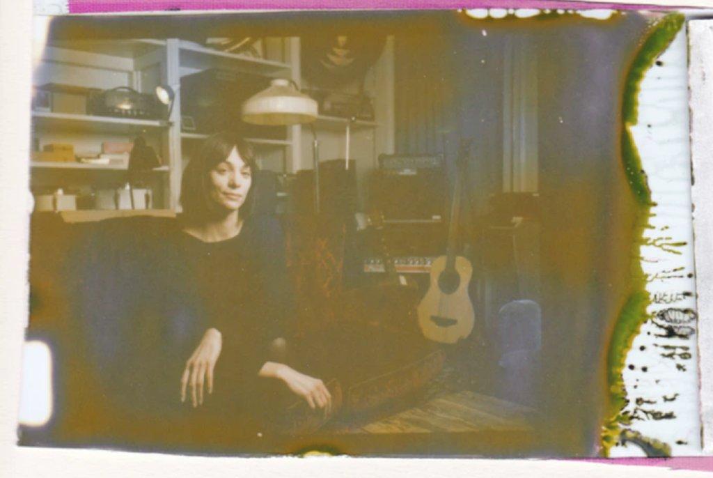 instant film 1 image