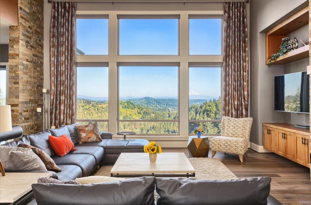 beautiful living room with amazing view on sunny day picture id531009981